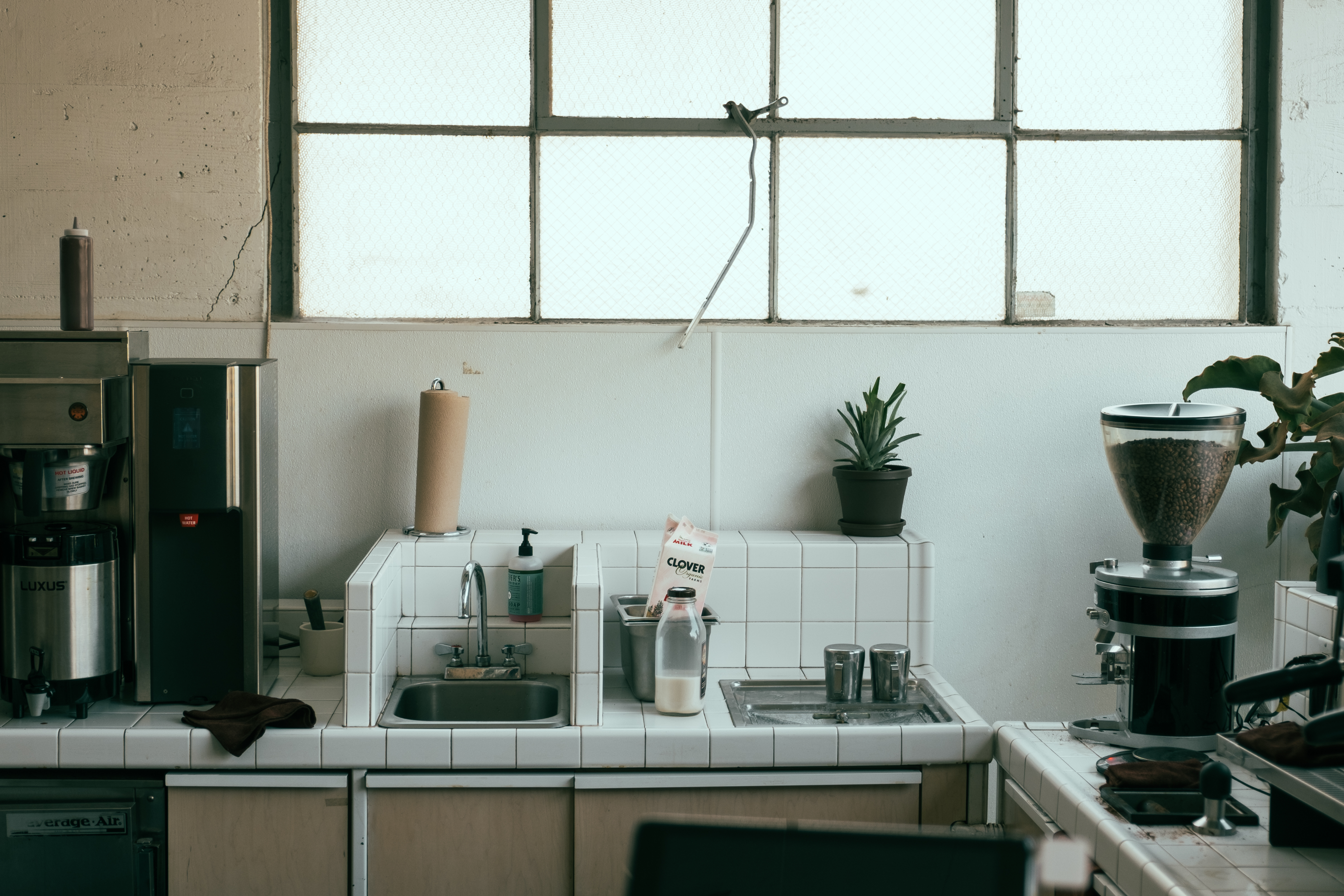 How To Furnish Your Kitchen For A New Look | Home Improvement Hut